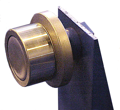 flanged roller bearing