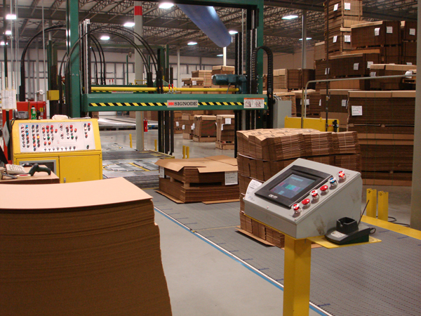 straping system with bar code reader and controls